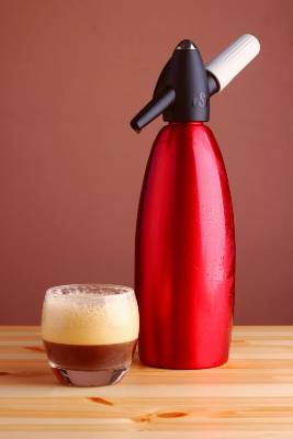 Nitro Coffee and Cannister
