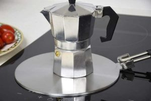 Moka Pot on induction heat diffuser