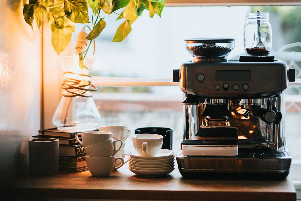 Best Coffee Makers with a Grinder