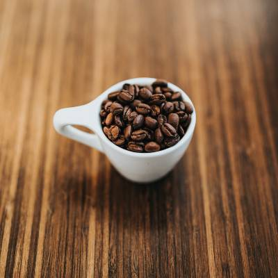 How To Uscoffee beans in a small espresso shot cupe an Espresso Machine