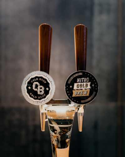 Nitro cold brew and cold brew taps